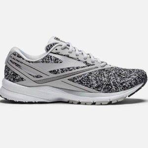 BROOKS launch 4 comfortable running shoes
